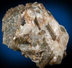 Cristales de Bustamita en Calcita