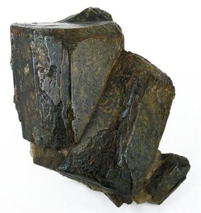 Cristales de Cordierita en bloque enorme