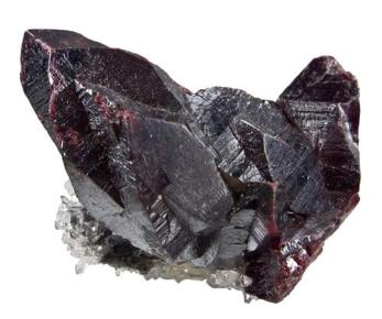 Cristales de cinabrio grandes, rojo oscuro