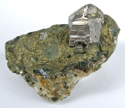 Gran cristal de cobalto en matriz