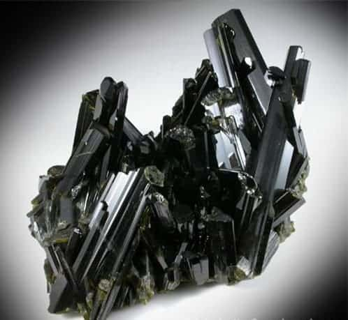 Epidota sobresaliente Crystal Cluster