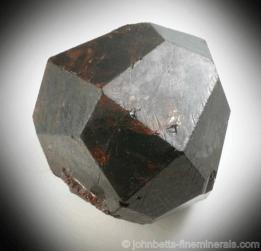 Cristal de granate almandino
