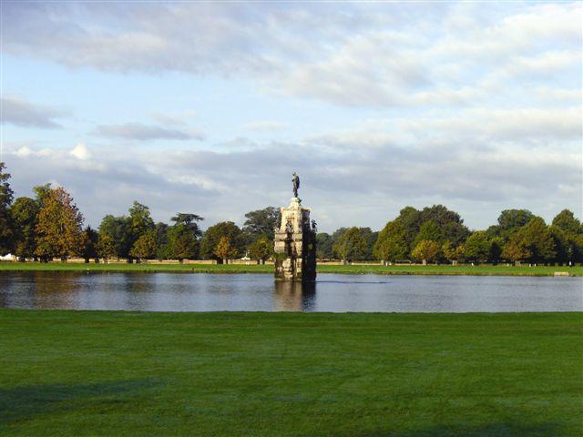 Bushy Park image