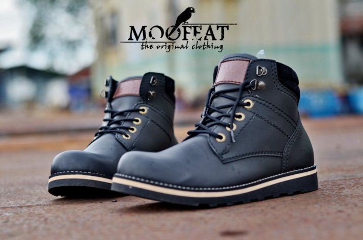 mf-bootstone-black-40-44