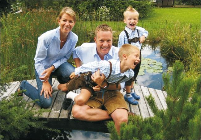 Familie Dörr Christian; Buschenschank und Minigolf Tirol