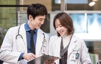 kore blog, Romantic Doctor, Teacher Kim konusu