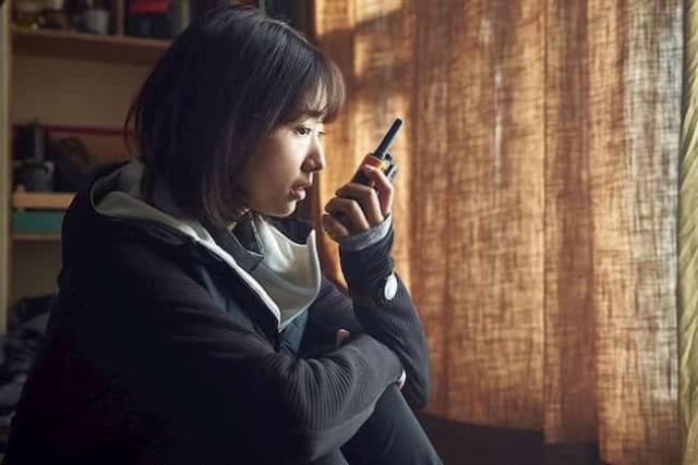 alive-202-kore-filmi