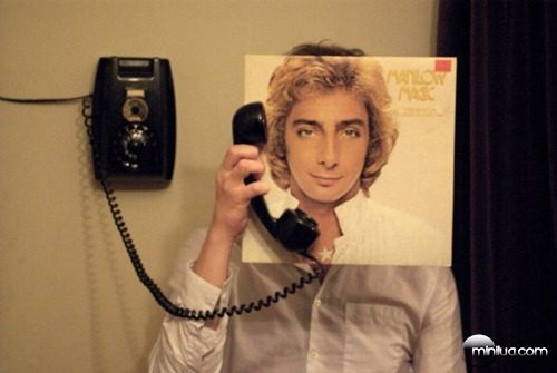 manilowmagicphone