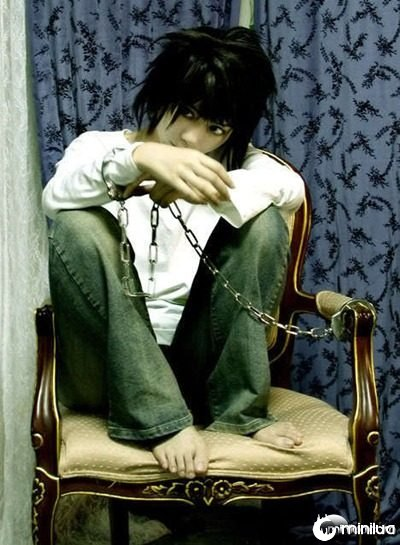 L-cosplay-death-note-6020724-468-637