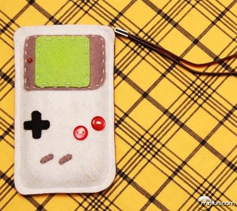 game-boy-iphone-case_2