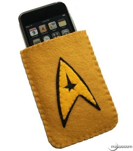 star-trek-iphone-case