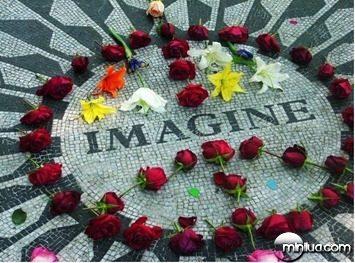 John-Lennon-memorial