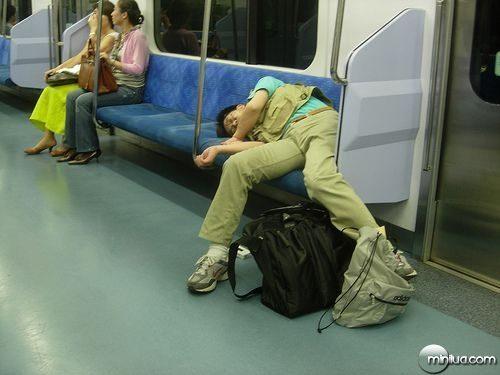 chinos-durmiendo-2