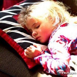 criança_dormindo