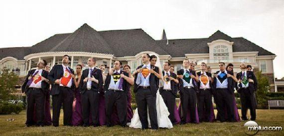 really-strange-weddings06