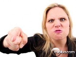 mulher-irritada