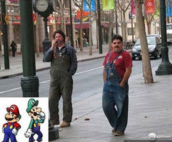 111028_Mario_Luigi_real