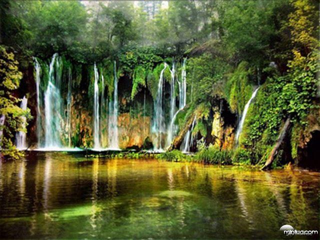 waterfalls-of-Plitvice-Lakes-Croatia
