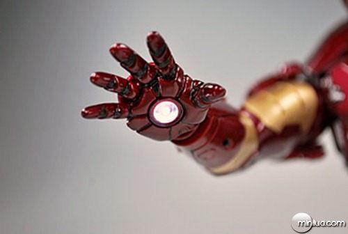 iron_man_hzn_28