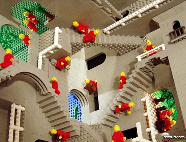 22-Esculturas-Incriveis-de-Lego13