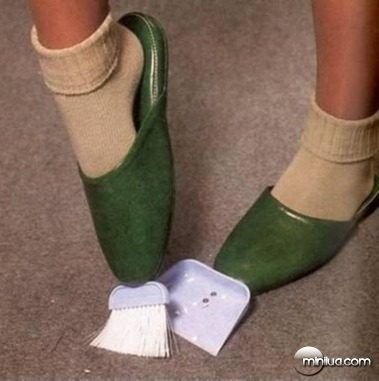 a98339_slippers_11-cleaning