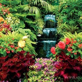 Waterfall-in-Butchart-gardens