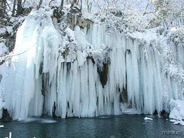 croatia_plitvice_winter