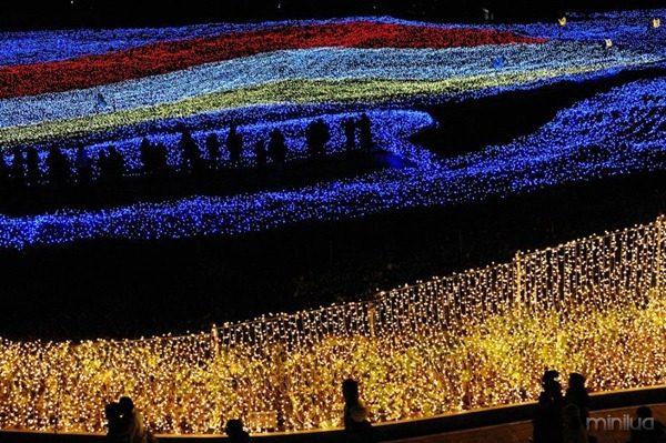 winter-light-festival-in-japan-0