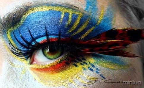 arte e maquiagem papagaio_thumb[2]
