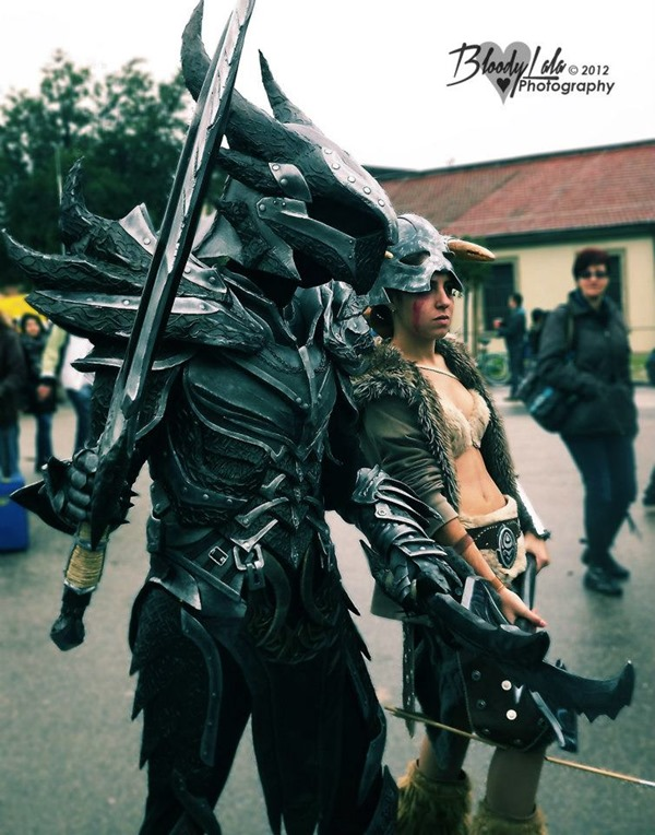 cosplay_dovahkiin_daedric_full_armor_from_skyrim_by_zerios88-d5rys0r