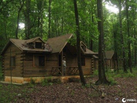 cabana abandonada