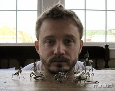 Insetos mecânicos de Justin Gershenson-Gates