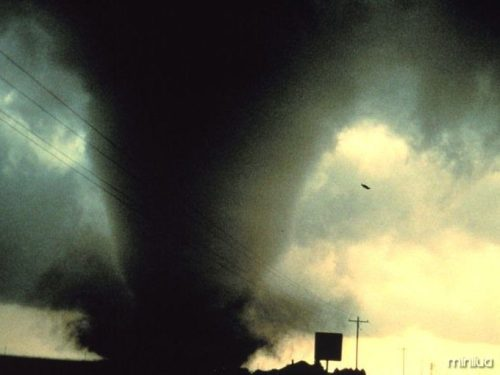 tornado-storm