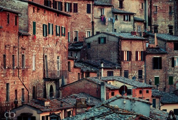 tuscanian_town_by_dapicture-d5ls00u
