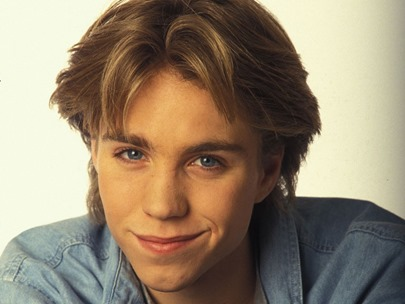 the-life-and-tragic-death-of-neverending-story-2-star-jonathan-brandis-313577