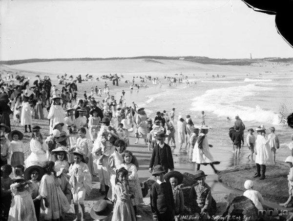 Una playa de Australia, 1900.