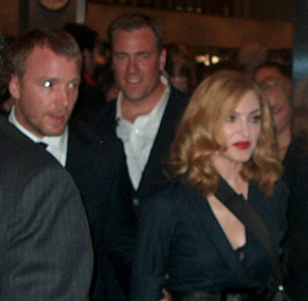 Guy_Ritchie_and_Madonna-commons.wikimedia.org_-610x596