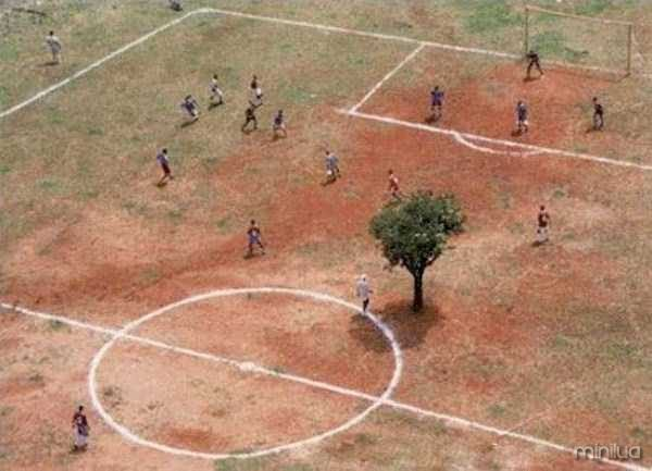 unusual-soccer-fields (22)
