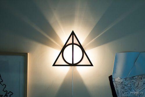 Luminária reliquias da morte