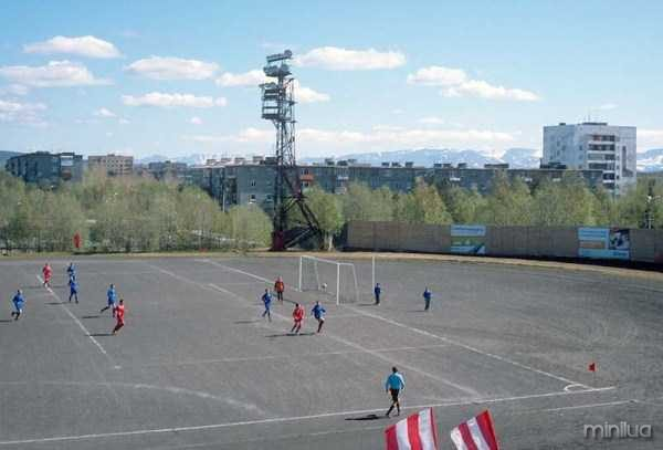unusual-soccer-fields (12)