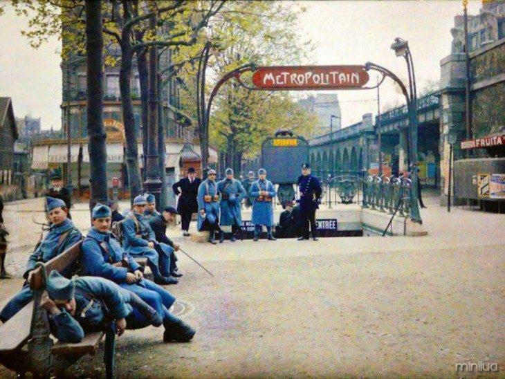 Pessoas em Paris 1914