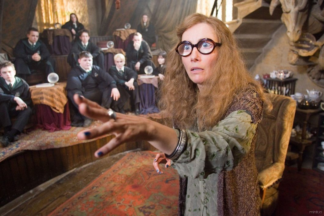 """EMMA THOMPSON as Sybill Trelawney in Warner Bros. Pictures' fantasy """"Harry Potter and the Order of the Phoenix."""" PHOTOGRAPHS TO BE USED SOLELY FOR ADVERTISING, PROMOTION, PUBLICITY OR REVIEWS OF THIS SPECIFIC MOTION PICTURE AND TO REMAIN THE PROPERTY OF THE STUDIO. NOT FOR SALE OR REDISTRIBUTION"""