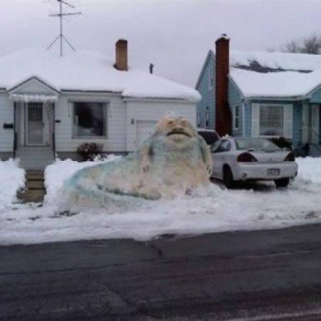 a98830_snow-sculpture_6-jabba-hut