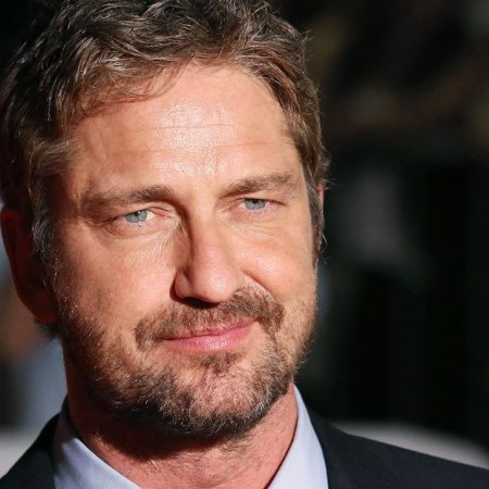 TORONTO, ON - SEPTEMBER 15: Gerard Butler attends the 'Septembers of Shiraz' premiere during the 2015 Toronto International Film Festival at the Roy Thomson Theatre on September 15, 2015 in Toronto, Canada. attends the 'Septembers of Shiraz' premiere during the 2015 Toronto International Film Festival at the Roy Thomson Theatre on September 15, 2015 in Toronto, Canada. (Photo by Walter McBride/FilmMagic)