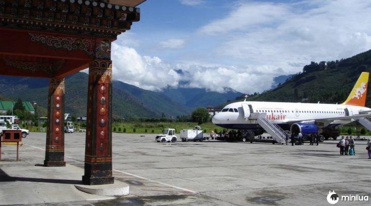 Aeroporto de Paro, Butão