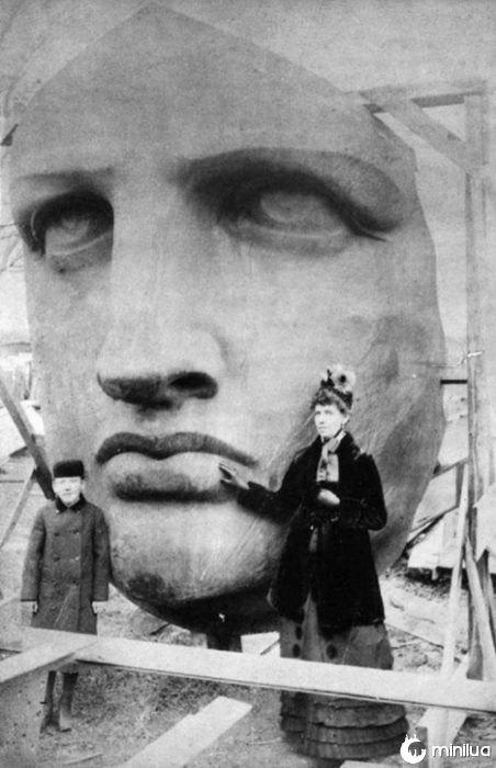 face da Estátua da Liberdade