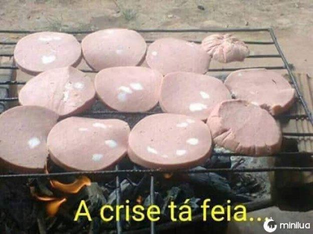 A crise atingiu o Brasil e também o seu churrasco.