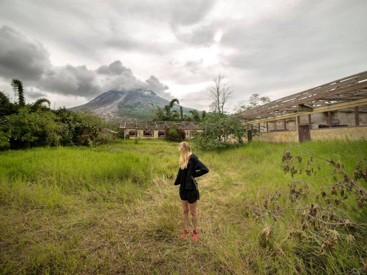 Se cuela a una ciudad volcán y toma estas fantásticas fotografías 8