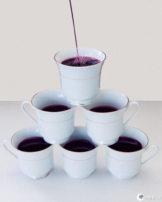 servir o vinho em copos