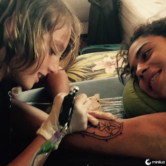 12 anos de idade, tatuador-artista-ezrah-the-shark-dormon-1